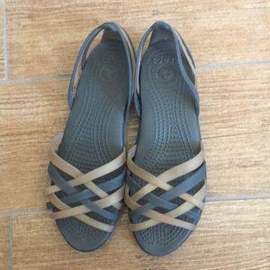 Crocs Huarache Strappy Sandals Brown/Gold